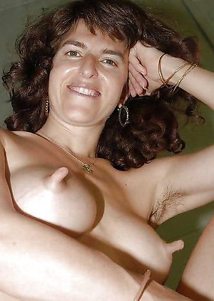 Busty Lorena long nipple mature