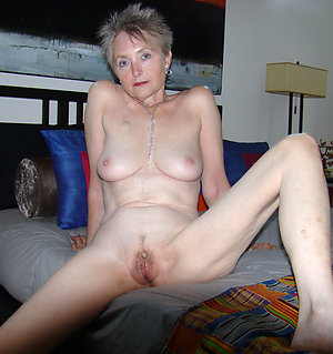 Naked sexy older women amateur pictures