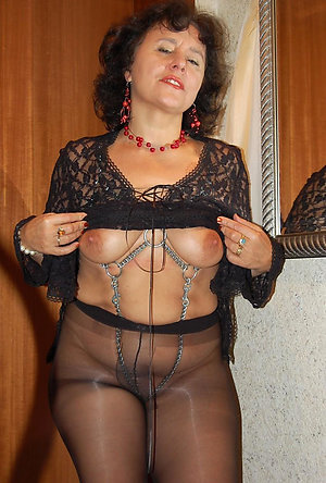 Beautiful mature milf pantyhose sex pics