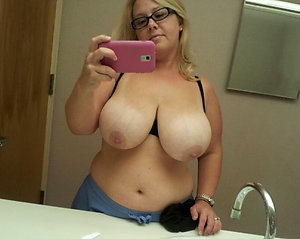 Free pictures of sexy selfies
