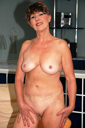 Best pics of shaved mature cunt