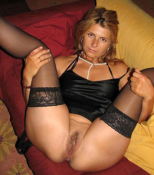 Curvaceous hot mature wife stripped