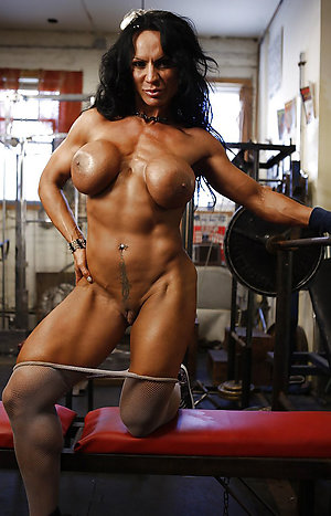 Amateur pics of mature female muscle