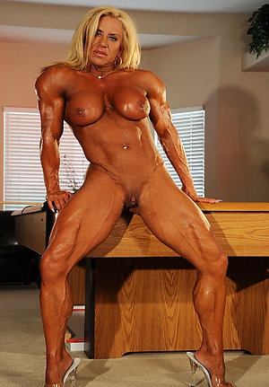 Amateur pics of sexy older muscle women