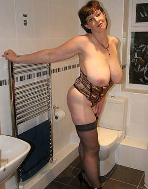Amazing mature women solo gallery