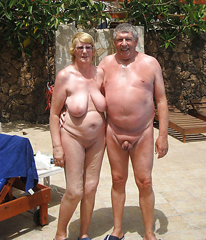 Amateur horny older scanty couples