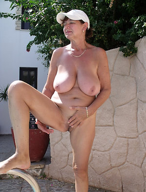 Xxx mature whore wife pictures