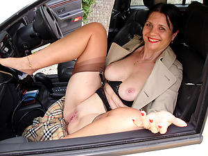 Horny mature car blowjob