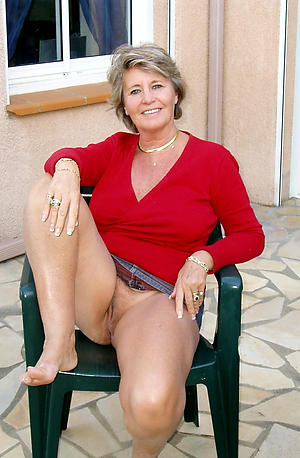 Free upskirt mature women