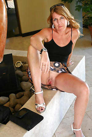 Amazing upskirt mature women