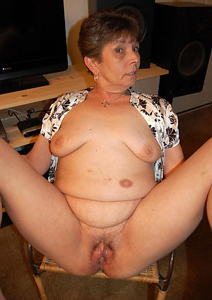 Porn gallery of hot nude grandmothers