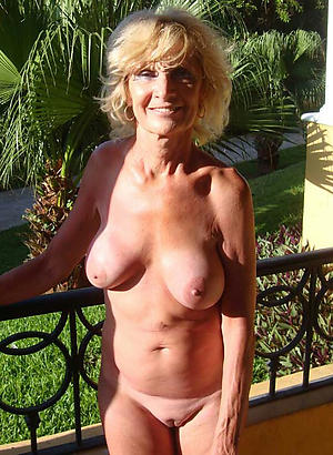 Horny private mature pics
