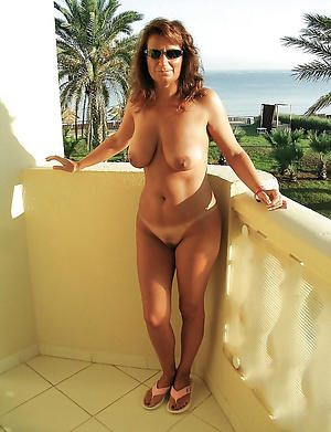 Naked mature private