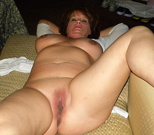 Amateur pics be beneficial to housewife milf