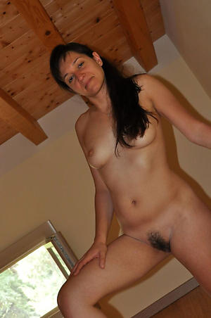 Amateurish mature private pics