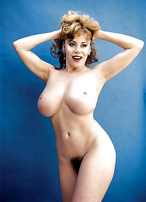 Handsome vintage mature pussy barren photo