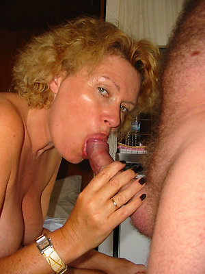 Xxx older women giving blowjobs pictures