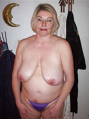 Free chubby milf pussy amateur pictures