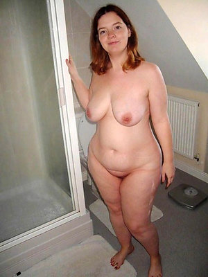 Free chubby old pussy porn pics