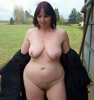 Mature naked chubby moms homemade pics