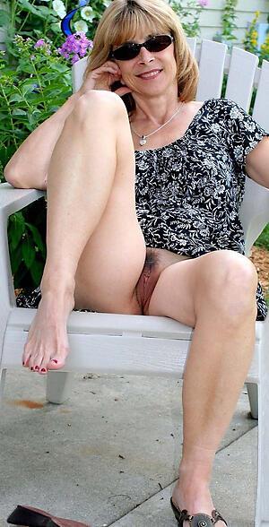 Ladies naked mature Strip: 39,392