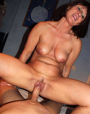 Amateur pics of mature couple fuck