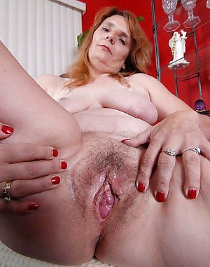 Mega hairy old wife pussy