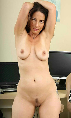 Favorite amateur mature naked bitches