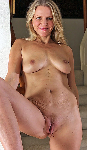 Sweet sexy mature naked bitches pics