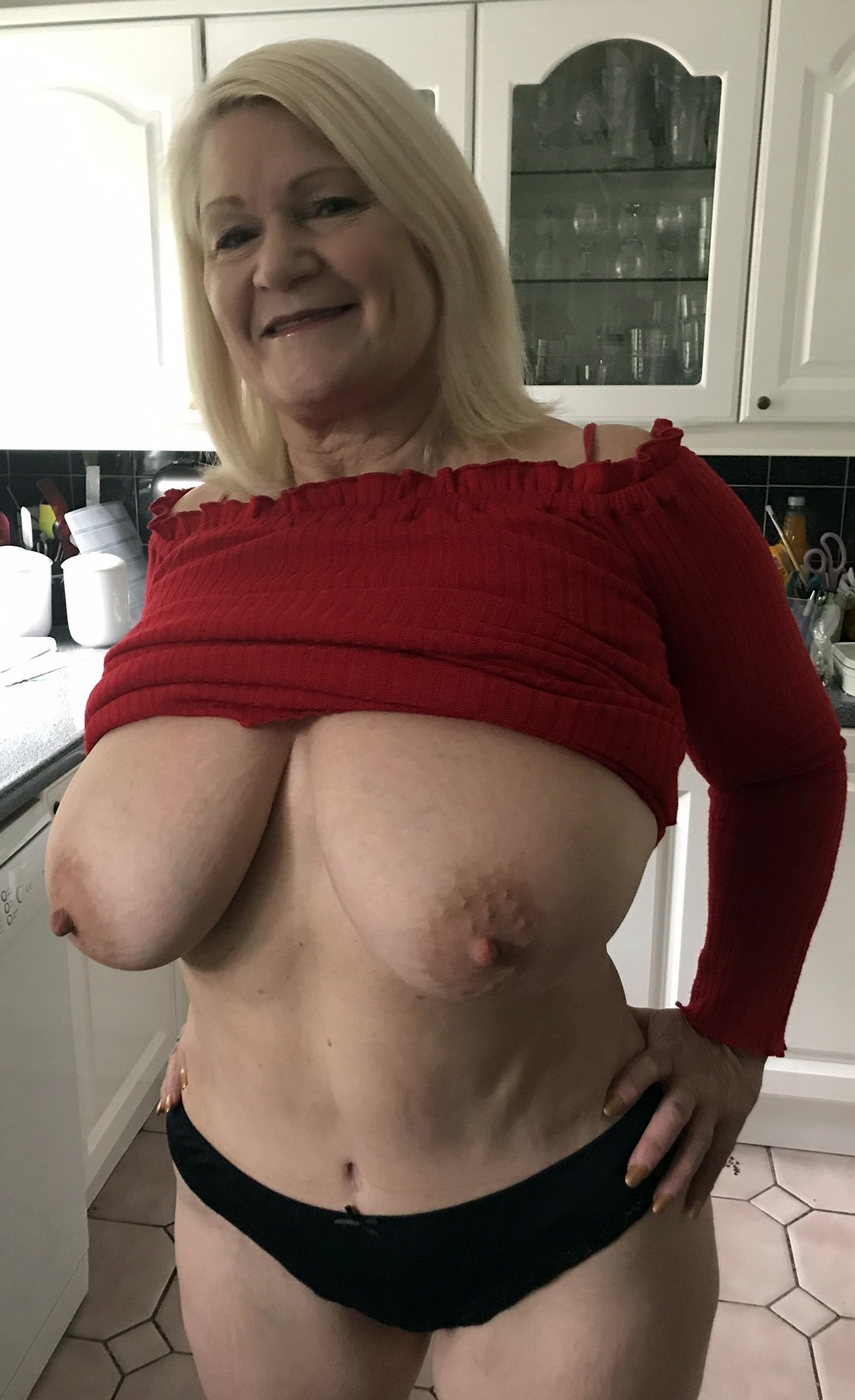 Mature Hairy Small Tits Fuck