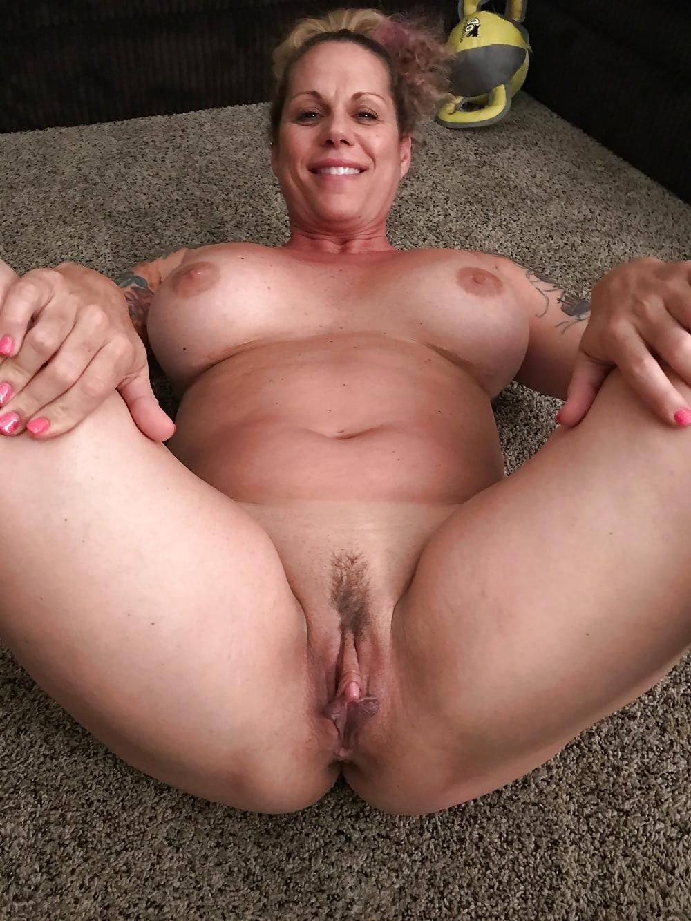 Victoria beckham boob pics