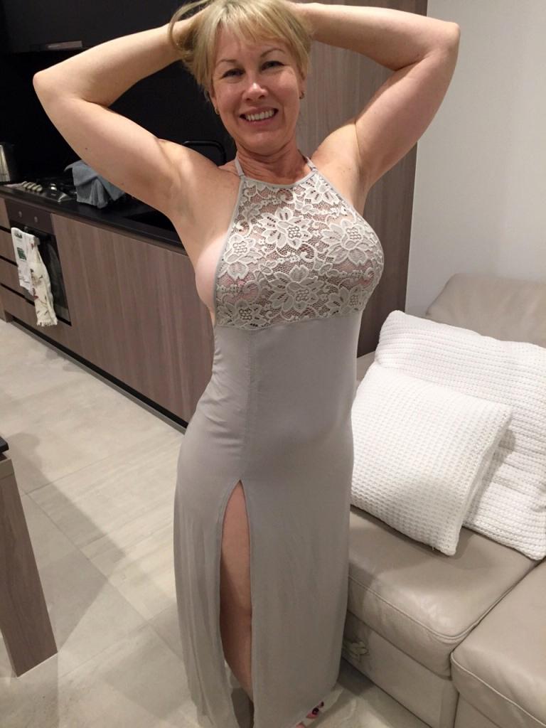 Blonde deep fucked mature movie wife