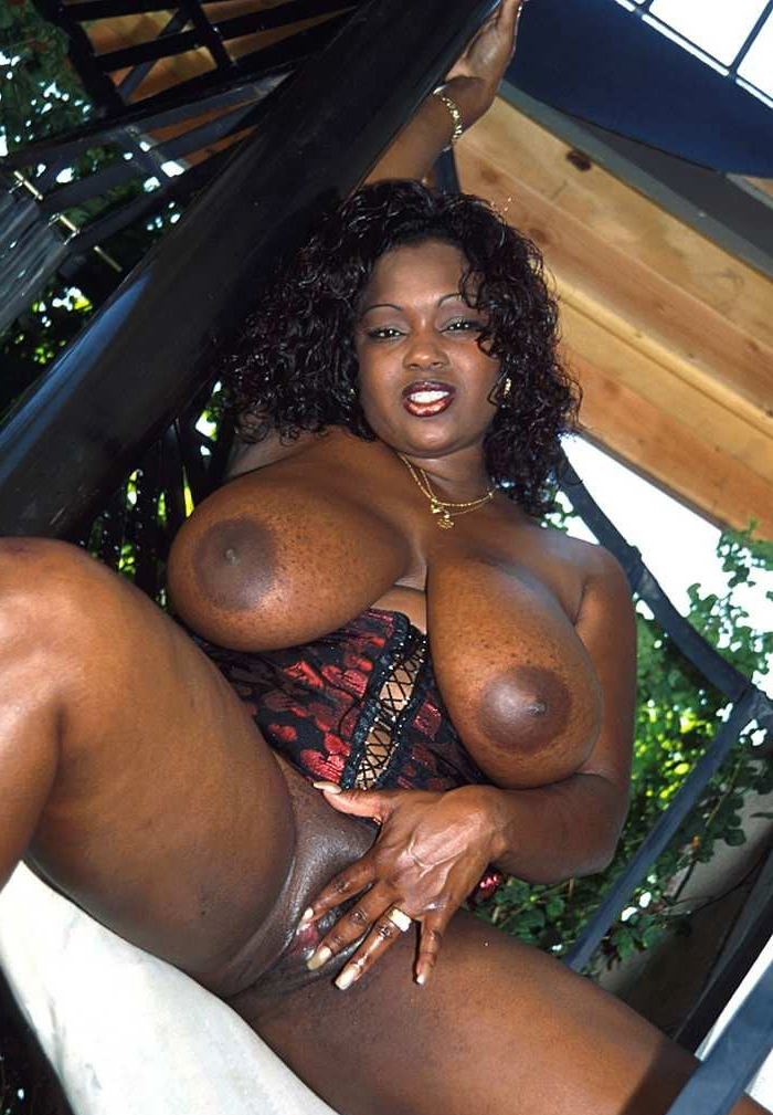 Big Ass Amateur Ebony Milf