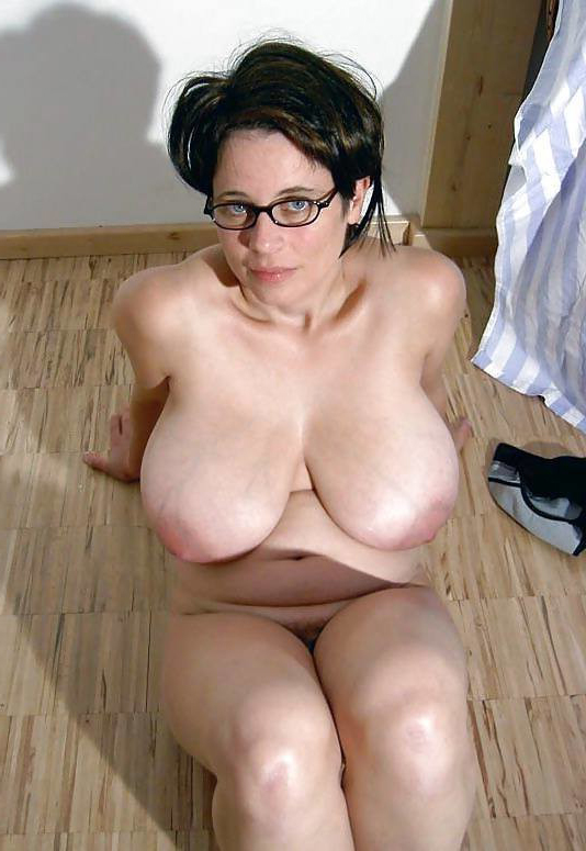 Chubby Big Natural Tits Milf
