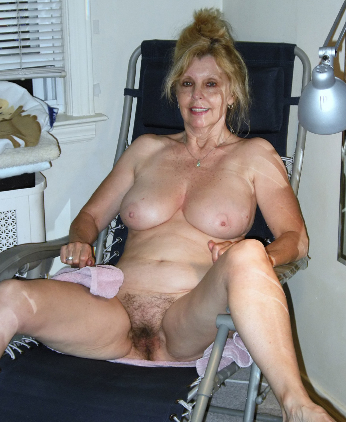 Amateur Mature Shared Wife