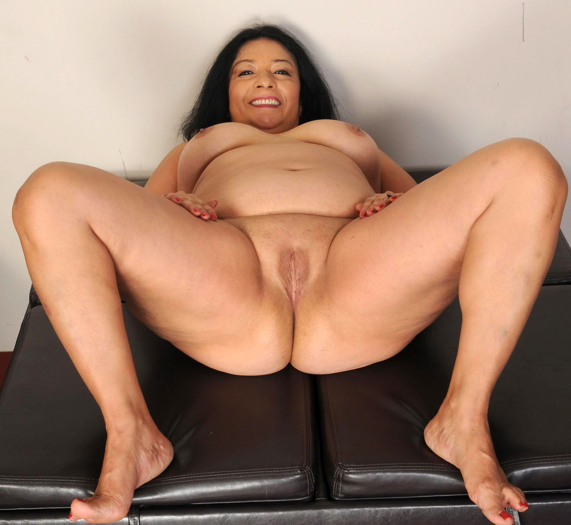 Latinasnude