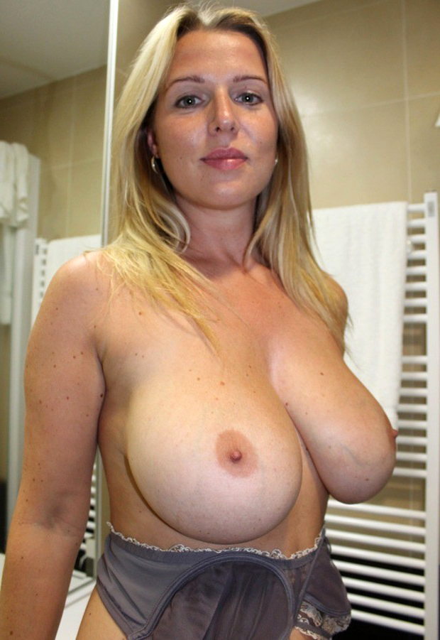 Naked pictures milf Stunning Naked