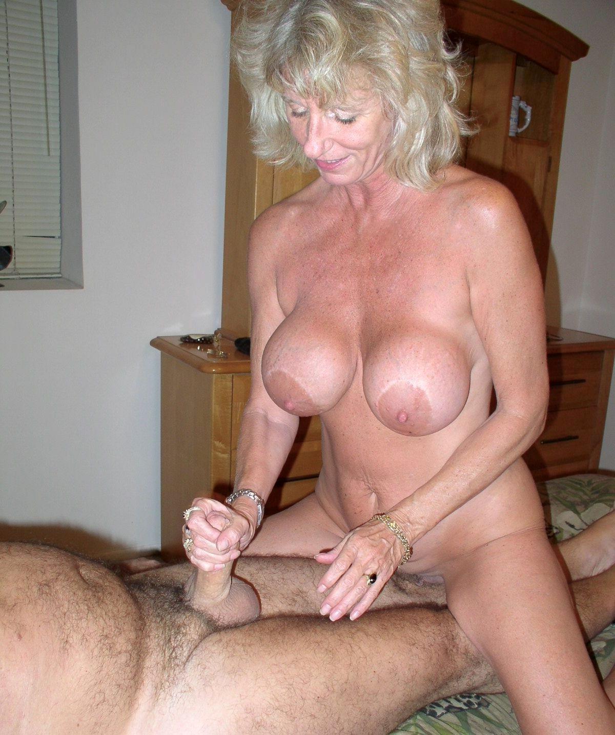 Free older woman sex pics
