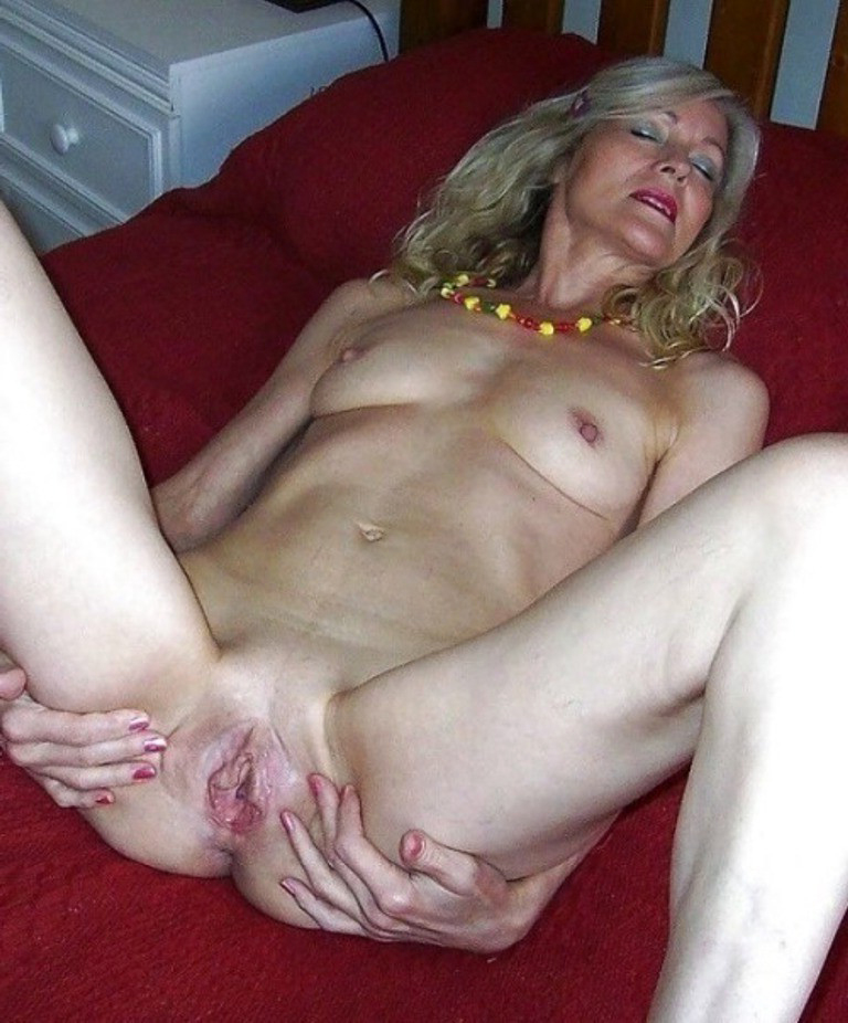 Senior wife nude with pics