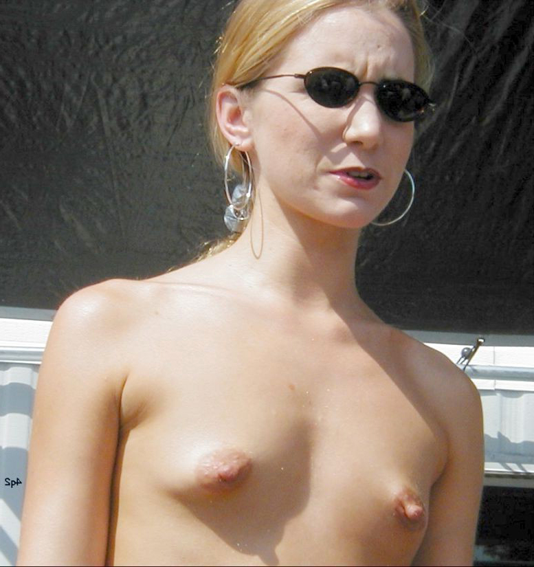 Small Tit Brunette Amateur