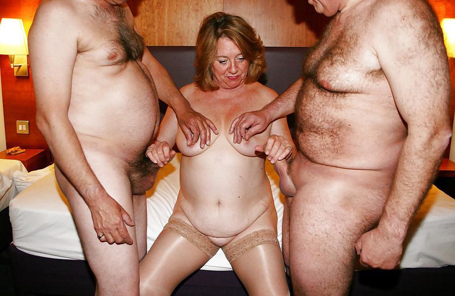 Mature threesomes
